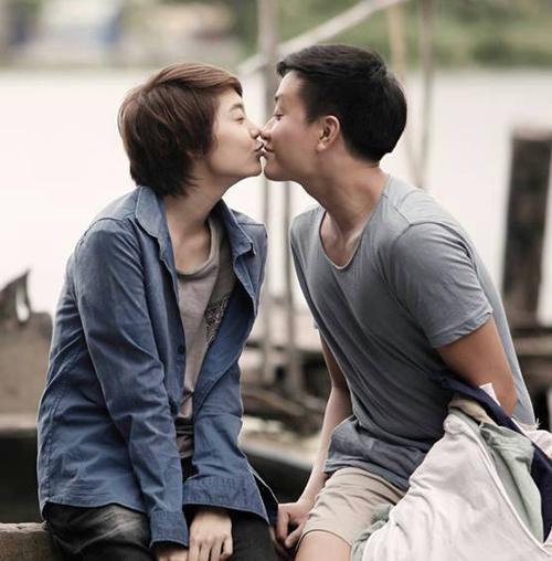 Những nụ hôn nóng bỏng của Minh Hằng trên màn ảnh - 6