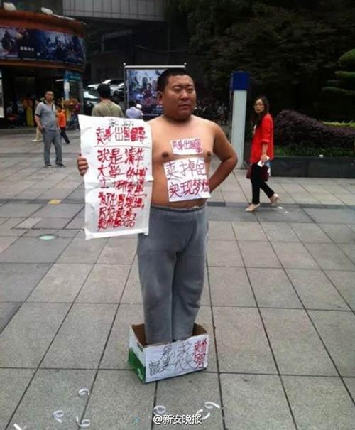 Người đàn ông to béo rao bán thân với giá 17,6 tỷ đồng - 1