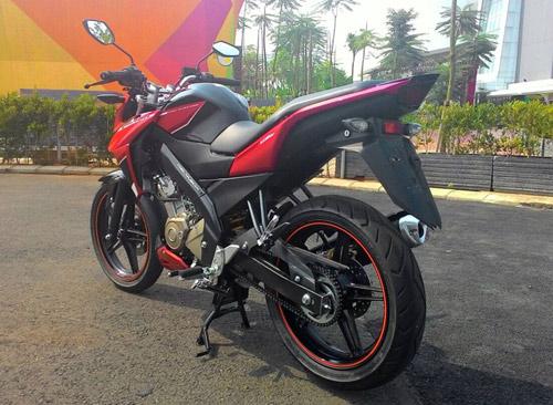 Xe côn tay Yamaha FZ150i mới trình làng - 4