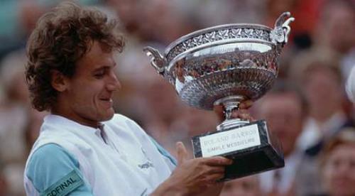 Những huyền thoại thống trị sân đất nện trước thời Nadal - 2