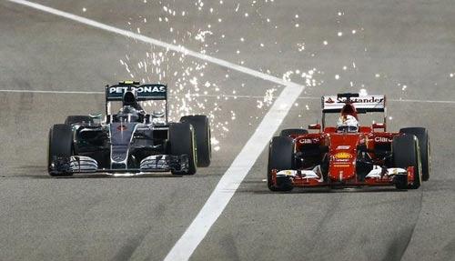 Tiếp tục gói nâng cấp, Ferrari quyết cản Mercedes - 1