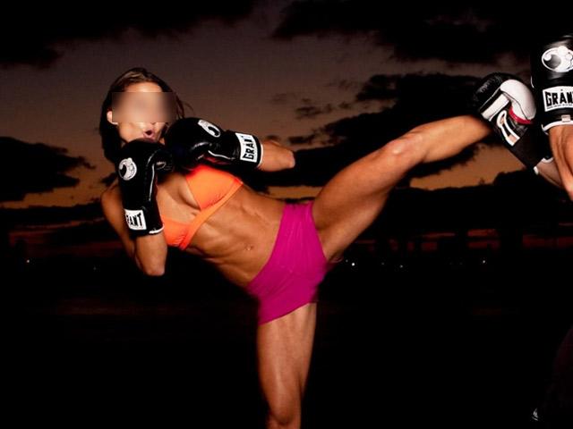 Anh: Nữ võ sĩ dùng đòn kẹp kẻ hiếp dâm đến bất tỉnh - 2