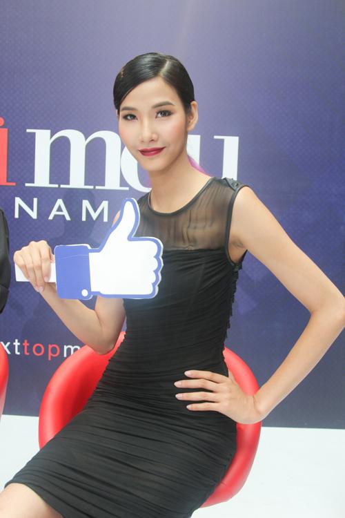 """Thanh Hằng làm thí sinh VNTM """"choáng ngợp"""" vì đồ hiệu - 8"""