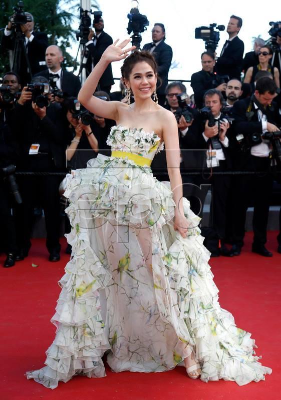"""""""Mỹ nhân triệu đô"""" gợi cảm tại Cannes - 4"""
