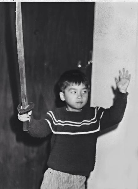 Chân Tử Đan bất ngờ khoe ảnh thời thơ ấu - 3