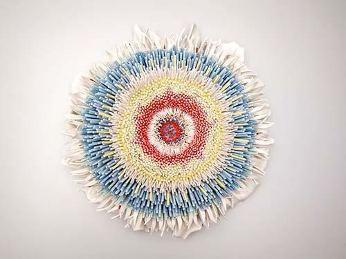 Bông hoa tuyệt đẹp làm từ 1.000 mảnh sứ - 6