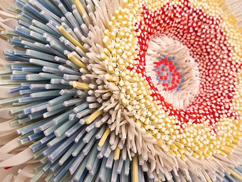 Bông hoa tuyệt đẹp làm từ 1.000 mảnh sứ - 5