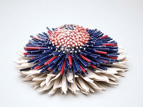 Bông hoa tuyệt đẹp làm từ 1.000 mảnh sứ - 9