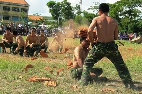 Xem màn võ thuật đầy uy dũng của bộ đội biên phòng - 5