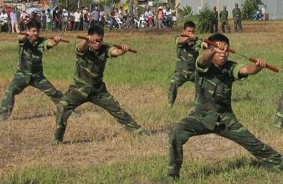 Xem màn võ thuật đầy uy dũng của bộ đội biên phòng - 8