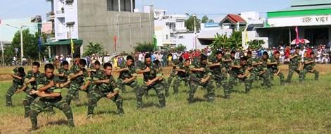 Xem màn võ thuật đầy uy dũng của bộ đội biên phòng - 10