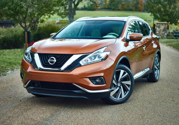 Nissan Murano Hybrid được trang bị máy xăng QR25DER 4 xi-lanh, siêu nạp, dung tích 2,5 lít mới, mô-tơ điện 20 mã lực và cụm pin lithium-ion.