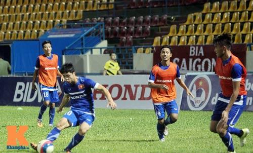 Công Phượng, Văn Toàn quyết ghi bàn vào lưới U23 Myanmar - 8