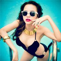 DJ Trang Moon: Đến hồ bơi chẳng nhẽ mặc sơ mi? - 4