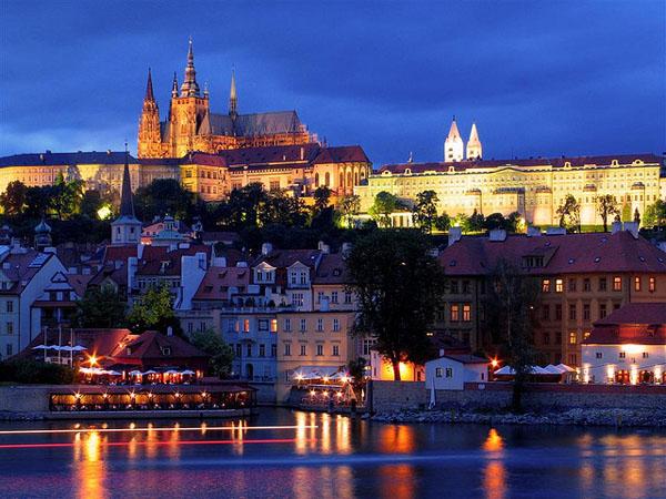 """10 thành phố du lịch """"vạn người mê"""" ở Châu Âu - 5"""