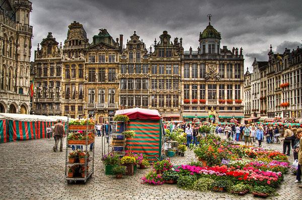 """10 thành phố du lịch """"vạn người mê"""" ở Châu Âu - 10"""