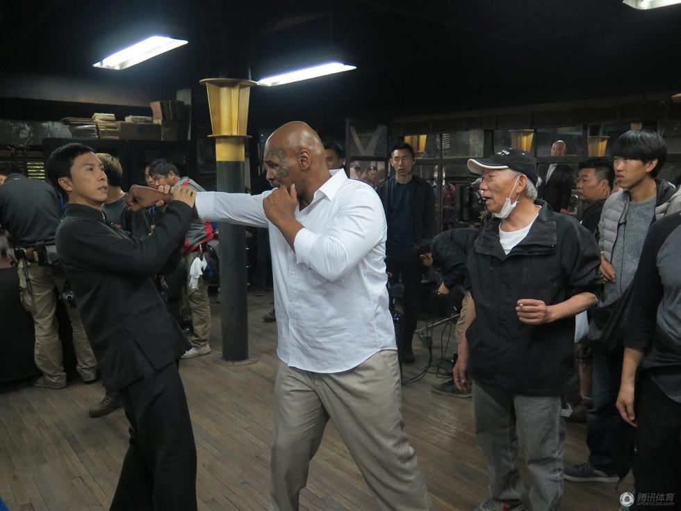 Chân Tử Đan đấu Mike Tyson: Ai thắng? - 1