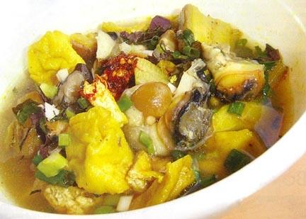 Tuyệt chiêu cho món ốc nấu chuối đậu ngon khó cưỡng - 1