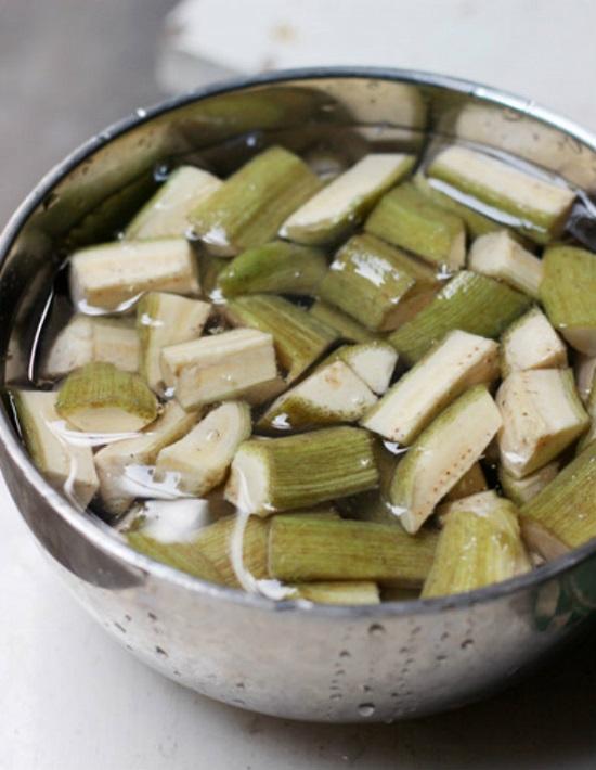Tuyệt chiêu cho món ốc nấu chuối đậu ngon khó cưỡng - 3