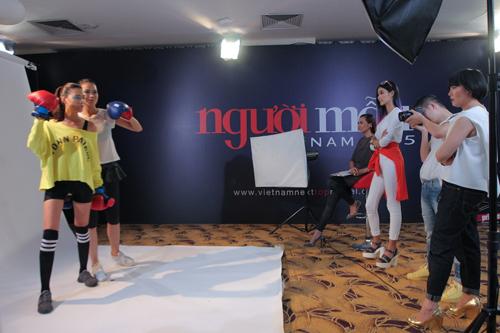 Thanh Hằng đi chân đất dạy thí sinh Top Model đấm bốc - 9