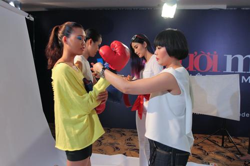 Thanh Hằng đi chân đất dạy thí sinh Top Model đấm bốc - 8