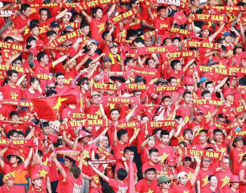 """CĐV Quảng Ninh """"cuồng nhiệt"""" cổ vũ U23 Việt Nam - 2"""