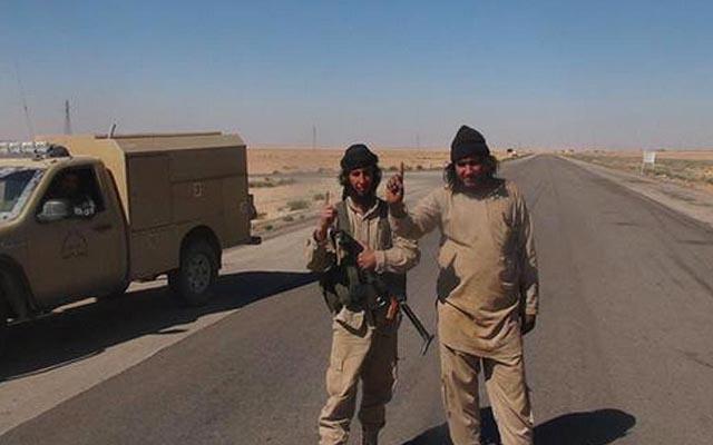 """""""Venice trên sa mạc"""" tan hoang dưới gót chân chiến binh IS - 2"""