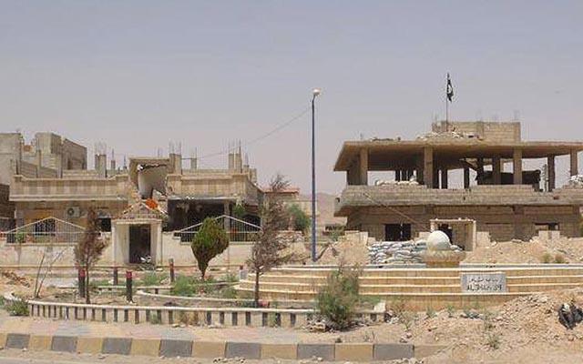"""""""Venice trên sa mạc"""" tan hoang dưới gót chân chiến binh IS - 1"""
