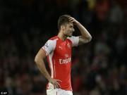 Bị Henry chê tơi tả, Giroud đáp trả nặng lời