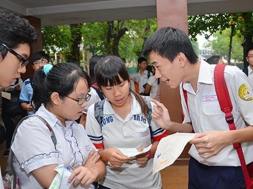 Hà Nội công bố chỉ tiêu, số lượng học sinh đăng ký vào lớp 10 - 1