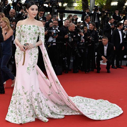 Hàng loạt mỹ nhân Á bị yêu cầu rời thảm đỏ Cannes - 3