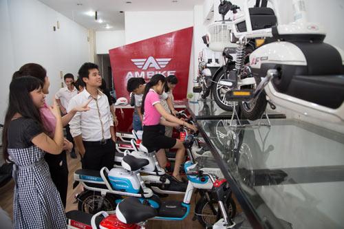 Sốt hàng trên toàn quốc, xe đạp điện Ambike giá 7,5 triệu đồng - 2