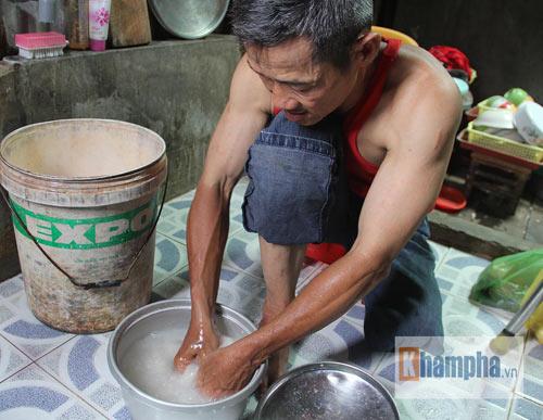 Võ sư một chân sáng bán báo, tối dạy võ ở Sài Gòn - 6