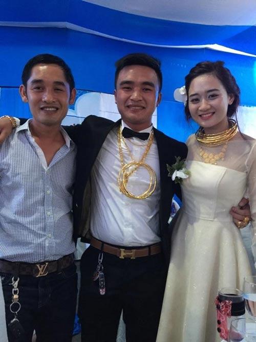 """Clip cưới lung linh của cặp đôi """"đeo vàng kín cổ"""" - 1"""