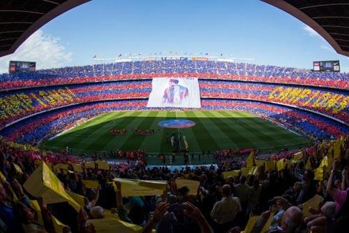 """Barca """"mở hội"""" nhận cúp, tri ân Xavi - 3"""
