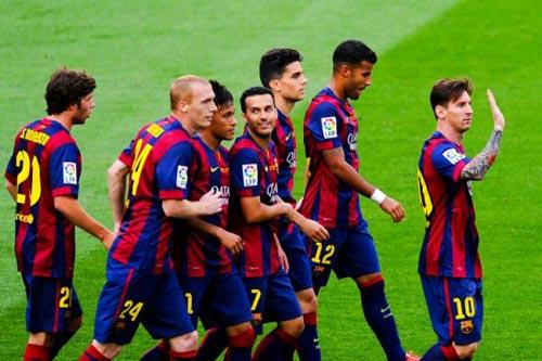 """Barca """"mở hội"""" nhận cúp, tri ân Xavi - 9"""