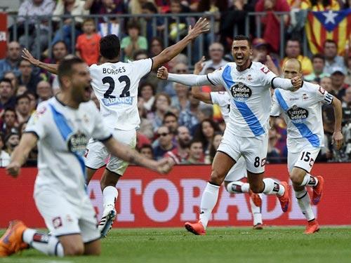 """Barca """"mở hội"""" nhận cúp, tri ân Xavi - 10"""