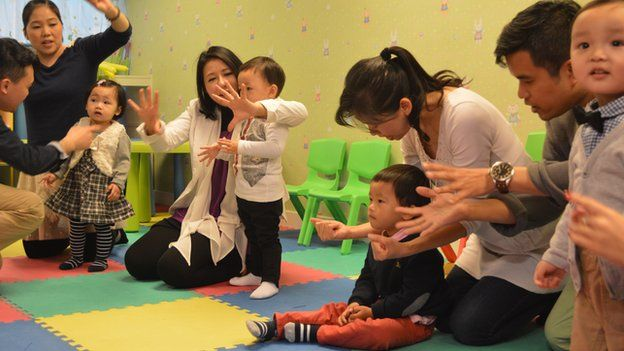 Trẻ em Hong Kong miệt mài luyện thi vào... mầm non - 2