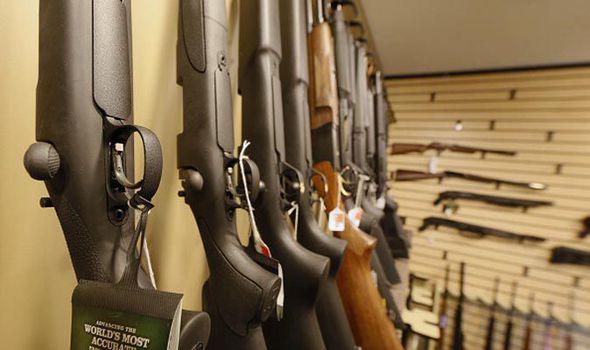 Anh: Trẻ mới 5 tuổi đã được cấp phép sở hữu súng săn - 1