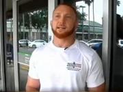 Cựu võ sĩ UFC hỗn chiến bắt sống siêu trộm
