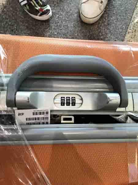 Cục Hàng không nhận định vụ khách VietJet tố vali bị phá khóa - 1