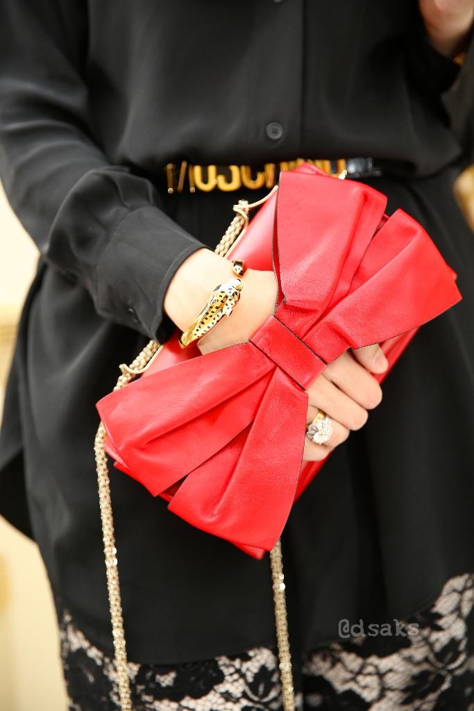 Kho túi tiền tỷ của quý cô đạo Hồi mê hàng hiệu - 11