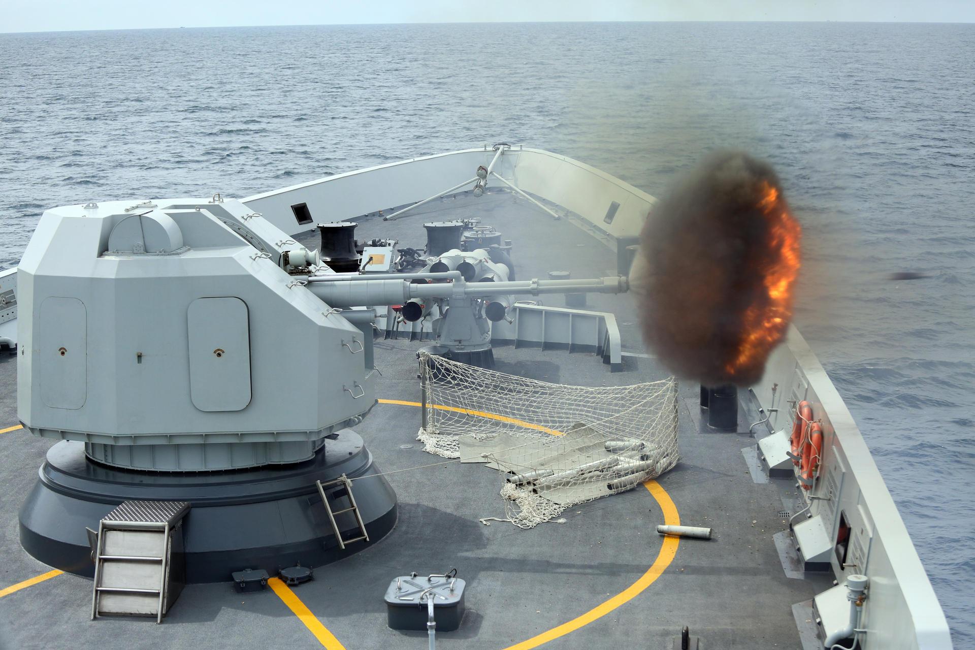 """Báo TQ đòi """"bắn rơi"""" máy bay trinh sát Úc ở Biển Đông - 3"""