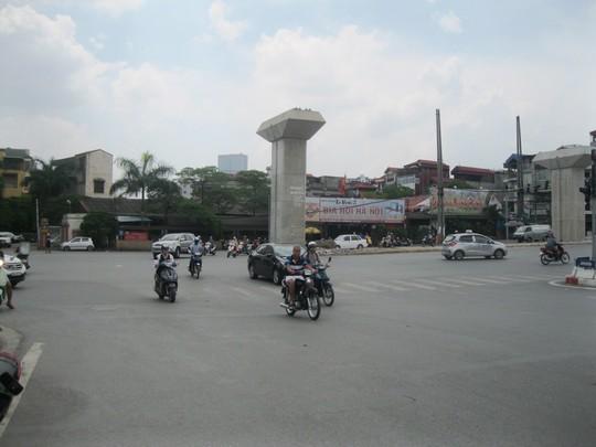 Đường ở Hà Nội siêu đắt, vì sao? - 1