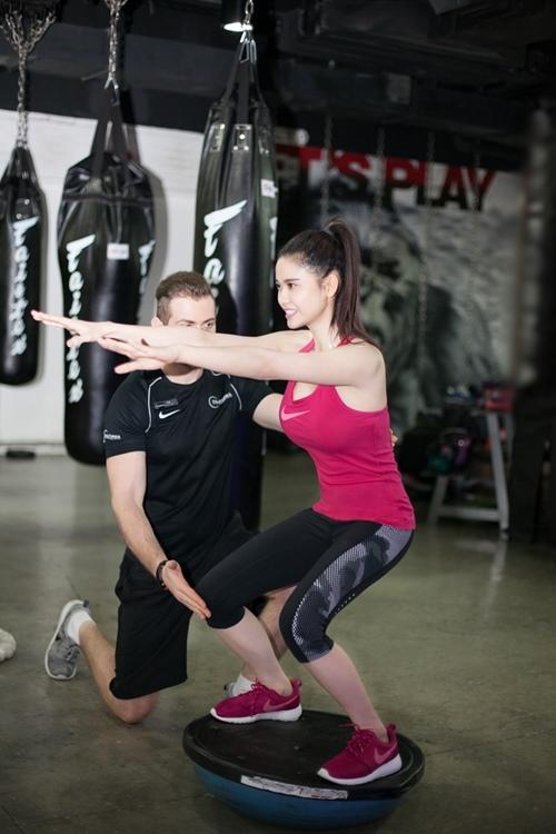 Ngắm Trương Quỳnh Anh gợi cảm tập gym - 5