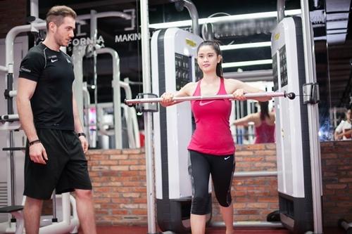 Ngắm Trương Quỳnh Anh gợi cảm tập gym - 8