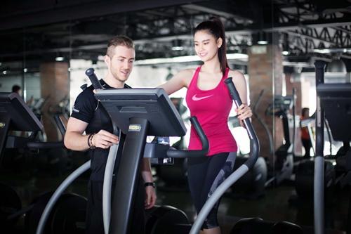 Ngắm Trương Quỳnh Anh gợi cảm tập gym - 12