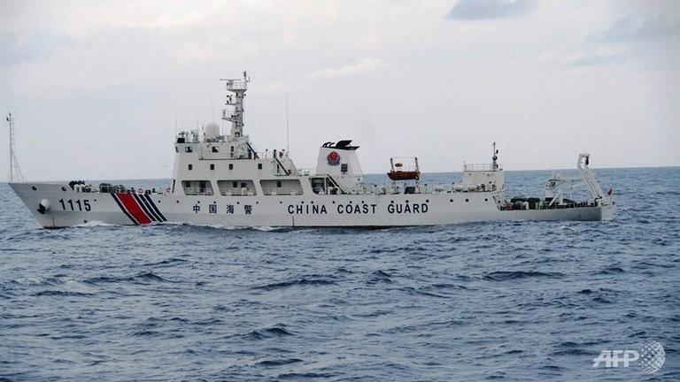 Tàu hải cảnh TQ rình mò quanh lãnh hải Malaysia - 1