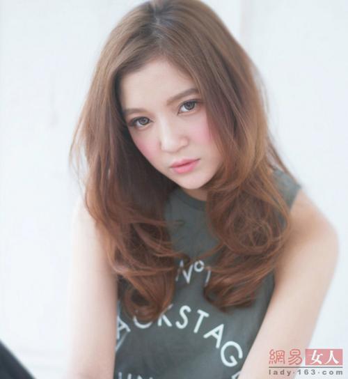 12 kiểu tóc Nhật, Hàn giúp nàng công sở thêm xinh - 3