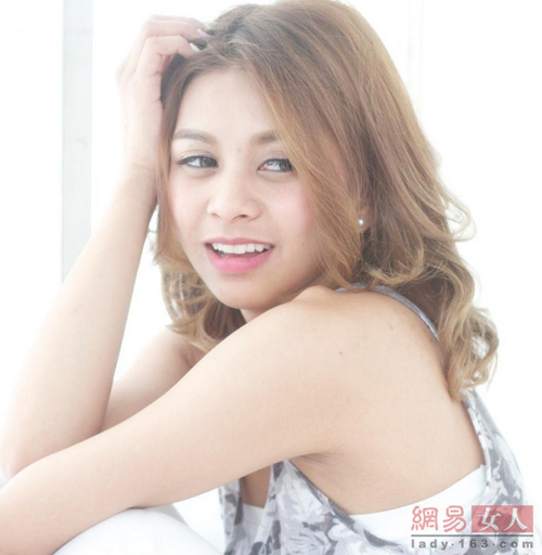 12 kiểu tóc Nhật, Hàn giúp nàng công sở thêm xinh - 4
